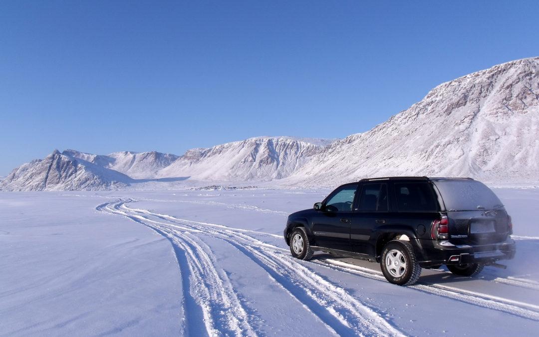 Winterse omstandigheden op de weg